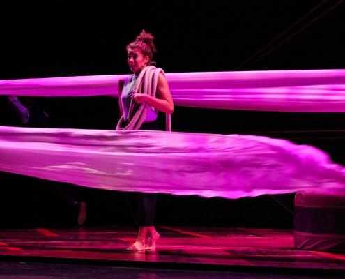 Titelbild Nachbericht über die Show HOTEL von Cirque Eloize in Bremen