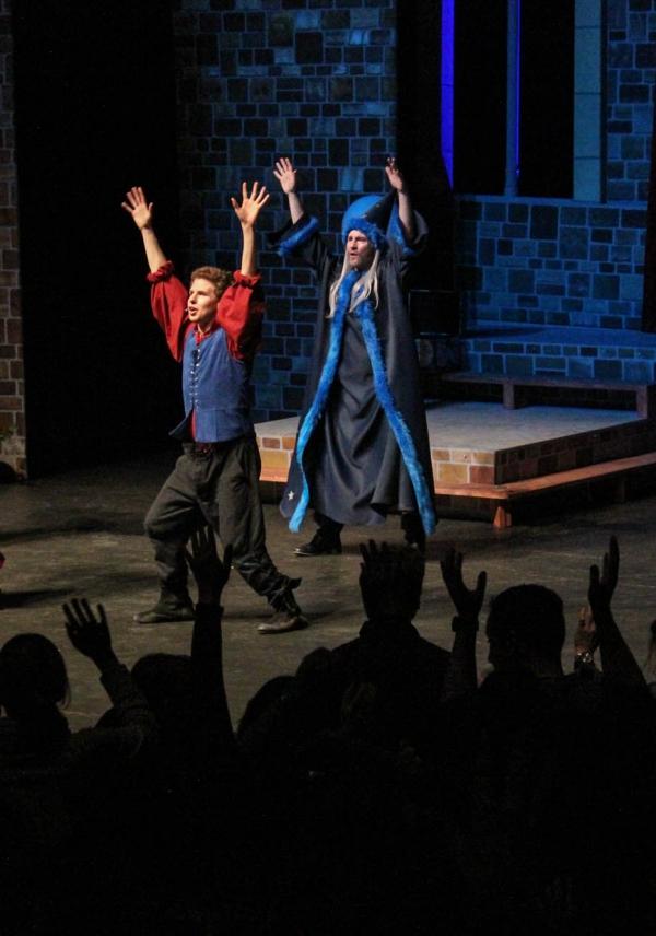 Beitragsbild Der Zauberlehrling im Metropol Theater Bremen